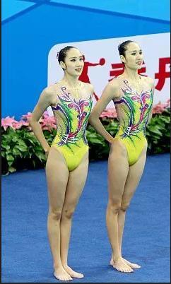 广东花样游泳队亮相:12名队员参加双人、自由组合、集体三个小项比赛