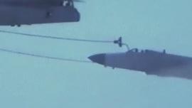 珍贵影像!中国战机首次成功空中加油画面