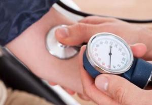 低血压吃什么好 低血压的原因有哪些
