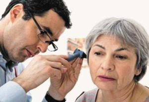 耳鸣是什么原因引起的 耳鸣的注意事项是什么