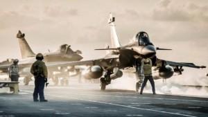 每日军情|法国测试阵风滑跃起飞竞争印舰载机项目