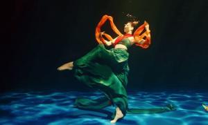 揭秘水下舞蹈《祈》拍摄细节
