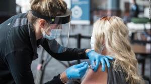 白宫承认独立日前无法达成疫苗接种目标