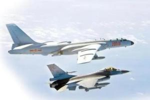 美舰过台海,东部战区在台西南海空域实战演练!