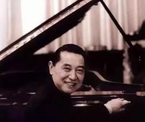 """""""钢琴诗人""""傅聪因感染新冠在英国逝世,享年86岁"""