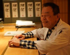 """""""新年宴请""""来济南泉客厅·和彩板前料理,感受日本主厨鱼住洋介精心指导制作的冬季新品"""
