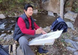 """行走山水里,永远是""""少年""""——著名画家戴丕昌教授的执着写生路"""
