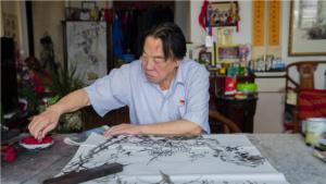 """一生践行""""为人民作画"""" ——专访济南市政协原副主席、著名画家吴泽浩"""