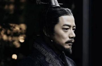 自己坐不稳龙椅,却废立多个北方皇帝,吕不韦见了都要直呼内行