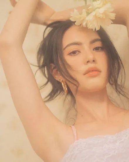 泰国美艳混血女星Mai细腰长腿身材性感太迷人