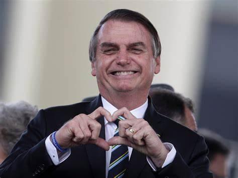 中国将这个东西迅速出口巴西 总统博索纳罗连发推文感谢