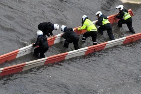 鞏義氣象局長被大水沖走后獲救