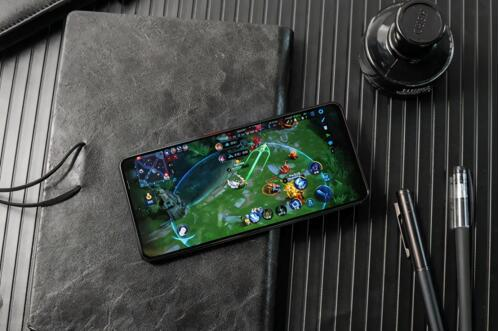 EliteGaming特性升级 骁龙888游戏手机品类再强化