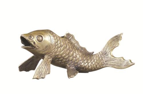 图4 20世纪初铸铜鲤鱼水盛