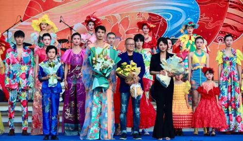 啤酒文化时装秀亮相第31届青岛国际啤酒节