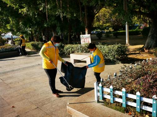"""潮州市众乐志愿者:""""守护河湖环境,共建美丽潮州"""""""