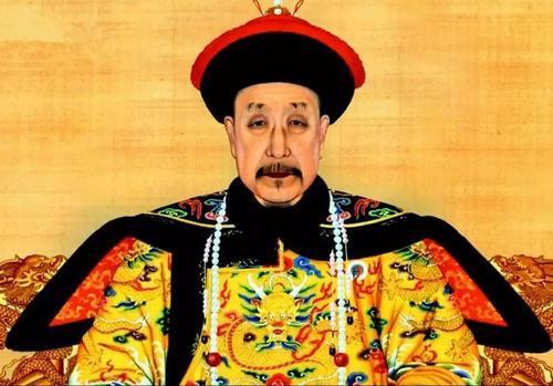 乾隆皇帝继位时有两个弟弟在世,他们为何不用改名?