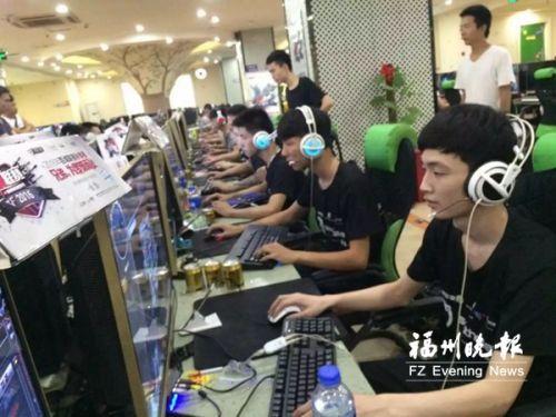 福州一批青少年组建电竞俱乐部 为电子竞技正名
