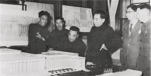 """【奋斗百年路 启航新征程】""""十大建筑""""见证奇迹"""
