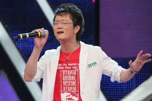 音乐制作人海峰不幸去世,网友:一直记得《我爱记歌词》的你