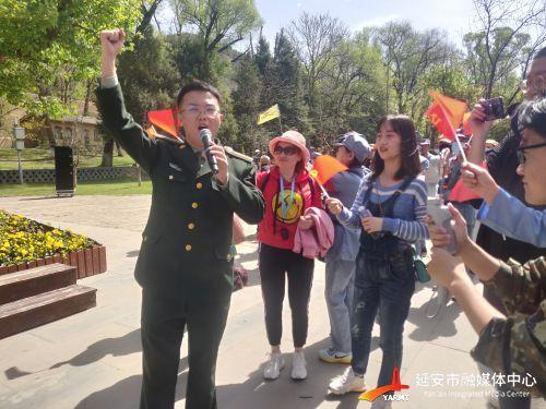 (2版)革命旧址红歌快闪 激发群众爱国情(318592)-20210430101957
