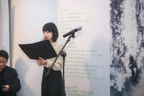 韵兰与冬青艺术展在中国美术报艺术中心盛大开幕