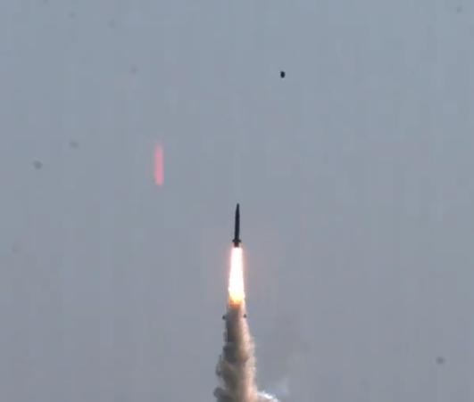朝鲜国防科学院院长吐槽韩国导弹:只有朝初级阶段