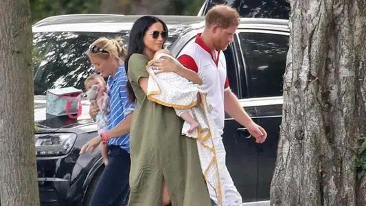 哈里王子女儿正式进入英国王室继承权 目前排名第八顺位