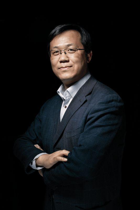 卓伟被伪造签名踢出公司 起诉公司后胜诉