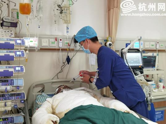 杭州电动车自燃父女被烧伤 家属两天获捐400万元