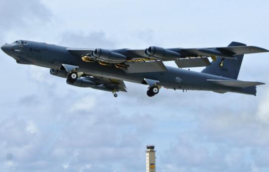 "B52连飞27小时""威慑中俄""?专家:美方说法言过其实"
