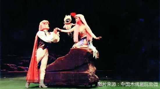 惟妙惟肖 童话木偶剧《美人鱼》再次登台