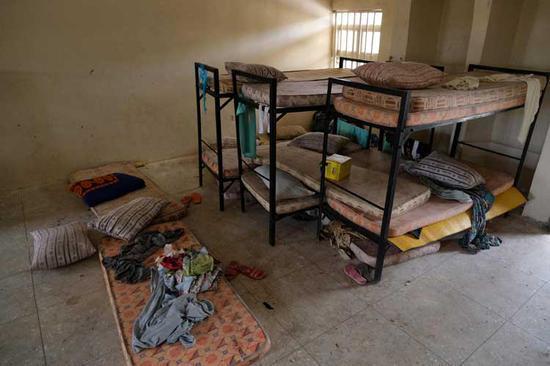 学生被绑架后宿舍空空荡荡(社交媒体截图)