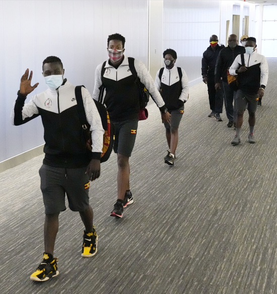 乌干达奥运会代表团乘坐飞机抵达日本(资料图)