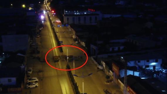 15頭野生亞洲象進入云南峨山縣城 無人機跟蹤監測