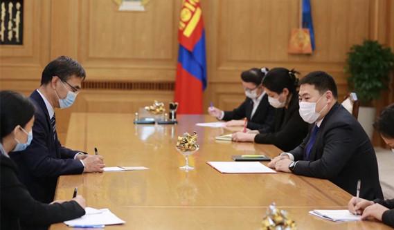 蒙古国总理兼人民党主席奥云额尔登祝贺中国共产党成立100周年