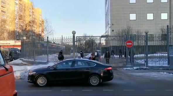 俄罗斯反对派人士纳瓦利内被判处三年半监禁