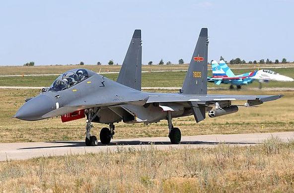 中俄联合军演准备就绪,苏30SM歼-16友好切磋