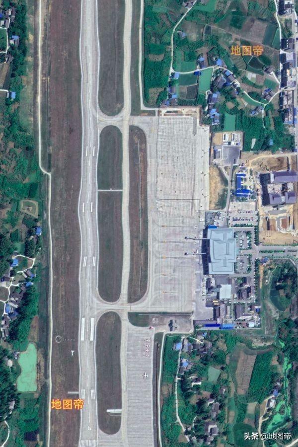 航拍遵义新舟机场,距市中心约35公里