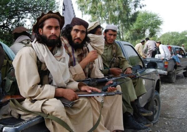 塔利班最高领导人:坚决支持以政治途径解决阿富汗冲突
