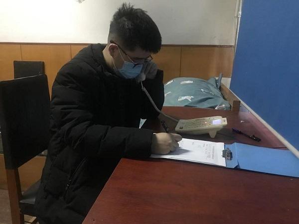 【我在疫情防控一线】哈尔滨志愿者白冰:守在电话机旁过春节