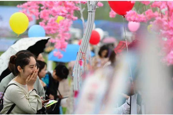 中国单身潮来临?未来中国单身人口或超4亿