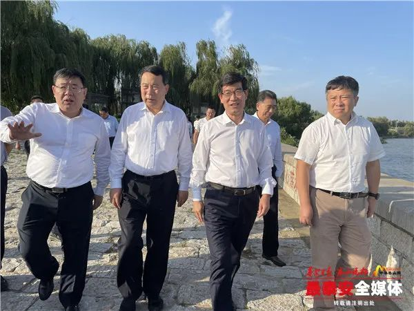李猛带队到泰安调研东平湖防汛工作时强调:坚持问题导向,确保水安全、人民群众生命财产安全