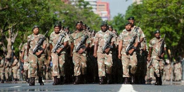 南非暴力抗议已致72死:骚乱还会进一步升级?