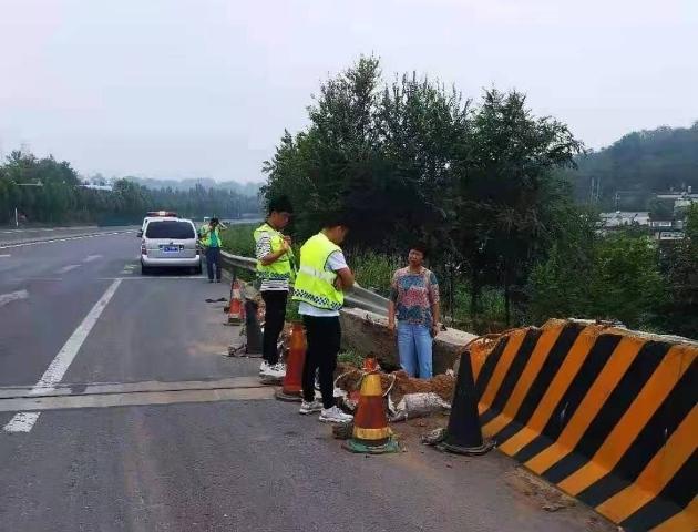 悲痛!河南一公路养护女职工在抢险中殉职