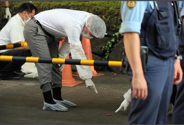 日本男子在圣火传递会场附近引燃爆竹 被当场逮捕