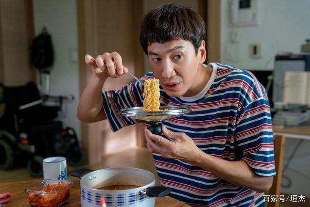 李光洙宣布退出11年综艺RM主持阵容 原因曝光