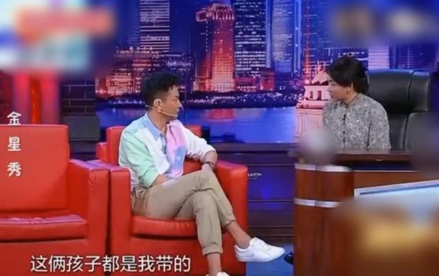 刘奕君与儿子刘怡潼罕互动 曾极力反对其当演员
