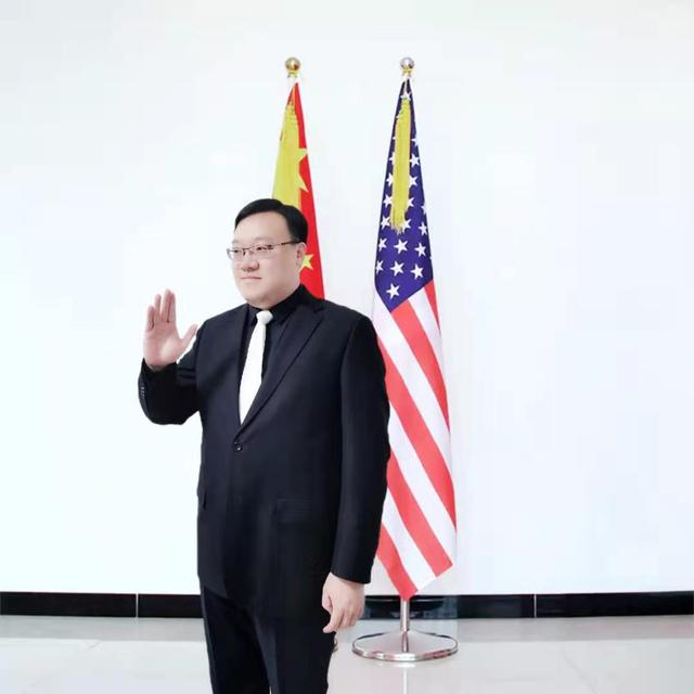 王笑天会见美国驻华大使馆官员
