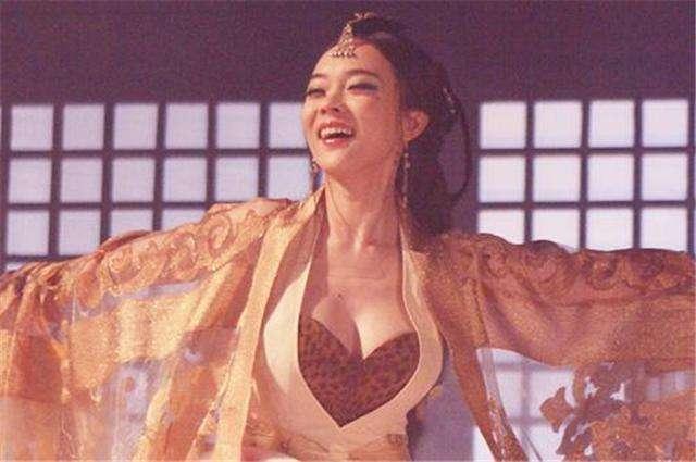她是历史上四大妖姬之一,将暴君迷得神魂颠倒…